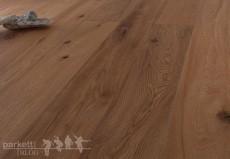 Im Trend: Langriemen mit gehobelter Oberfläche