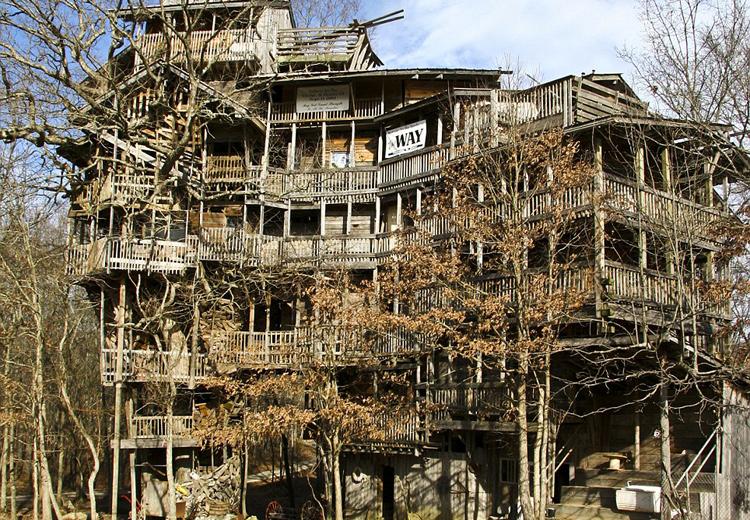 groesstes-baumhaus-der-welt
